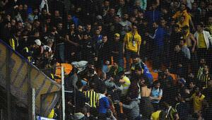 Fenerbahçe tribünleri karıştı