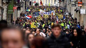 Fransada sarı yelekliler, gösterilerin 17. haftasında sokaklarda