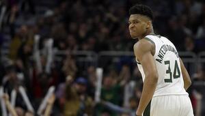 NBA lideri Bucks, Hornetsi devirdi 50nci galibiyet...