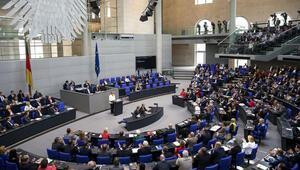 Almanya'da milletvekillerinin masrafı 7 milyon Euro'yu aştı