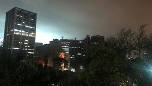Venezuelada elektrik kesintisi nedeniyle hayat durdu