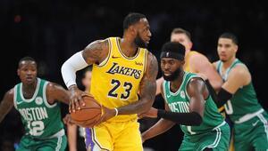 Lakers ve Celtics'in düellosunda yıldız savaşı