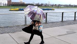 Meteoroloji uyardı: Kuvvetli yağış ve fırtına var