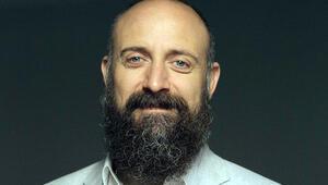 Yıllar sonra sakalsız İşte Halit Ergençin yeni imajı...