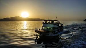 Türkiyenin en büyük gölü: Van Gölü