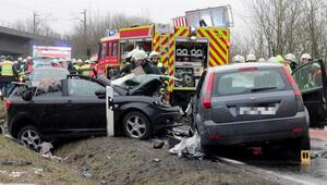 Bavyera'da kaza: Kendisi yaralı 2 kişinin ölümüne neden oldu
