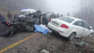 Öğrenci servisi otomobille çarpıştı: 2 ölü, 4 yaralı