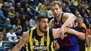 Fenerbahçe, Barcelonayı 9 sayı geriden gelerek devirdi