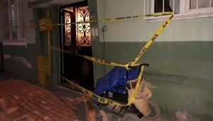 Engelli kişi evinin önünde bıçaklanarak öldürüldü