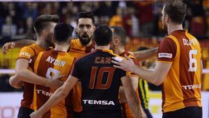 Galatasaray, filede avantaj peşinde