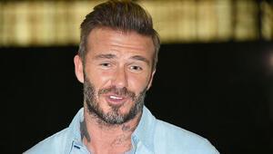 Beckhama cep telefonu cezası