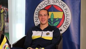 Fenerbahçeli Frey, Almanya'da ameliyat oldu