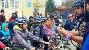 Elmadağda öğrenciler pedal çevirdi