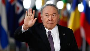 Son dakika... Nazarbayev istifa etti