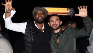 Pascal Nouma ve Ahmet Dursun kutlamada