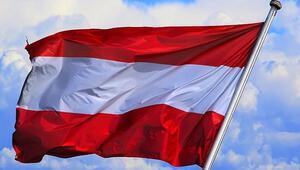 Avusturyada aşırı sağcı hükümet politikaları ırkçılığı artırıyor