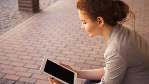 13-24 yaş arası bireyler dijital bağımlılık kıskacında
