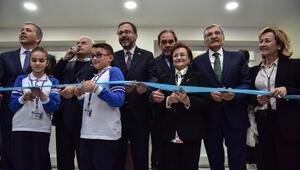 Bakan Kasapoğlu ve Binali Yıldırım, Beykozda iki okul açtı