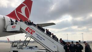 A Milli Futbol Takımımız, Arnavutluk'a gitti
