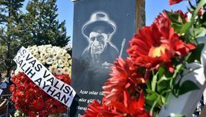 Aşık Veysel, vefatının 46ncı yılında mezarı başında anıldı