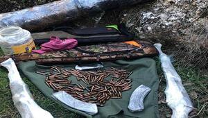 Diyarbakırda teröristlerin kullandığı 4 sığınak ve 1 mevzi tespit edildi