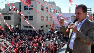 CHPli Vahap Seçer: Kavga etmeye gelmiyorum