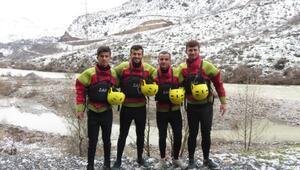 Çukurcalı gençler milli takıma Zap Suyunda hazırlanıyor