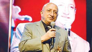 Munyar'a 'Ekonomiye yön veren yazar' ödülü