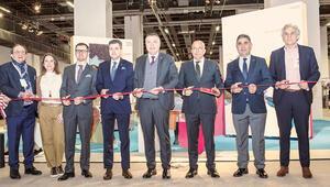 2020 modası İstanbul'da görücüye çıktı