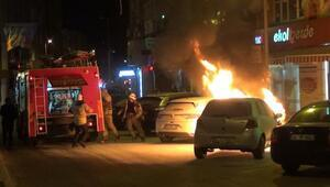 Silivride otomobil alev alev yandı