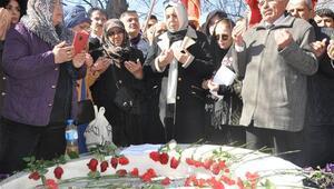 Muhsin Yazıcıoğlu ölümünün 10. yılında mezarı başında anıldı
