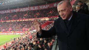 Cumhurbaşkanı Erdoğandan Milli Takıma destek