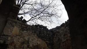 Gümüşhane'de Ayvalos Kilisesi ve Pavrezi Şapeli için restorasyon talebi