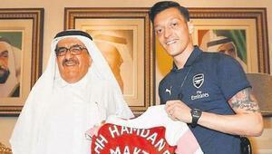 Mesut Özilin Dubai ziyareti kral gibi geçti