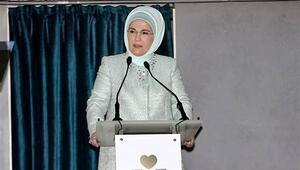 Emine Erdoğan: Sandıklara atacağımız her bir oy ülkenin geleceği için yatırımdır