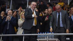 Başkan Cengize büyük destek Oyuncular...
