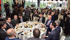 Binali Yıldırım Balkan göçmenleri ile buluştu