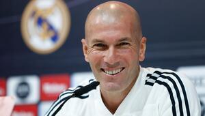 Gizlice görüştüler Zidaneın ilk büyük bombası...