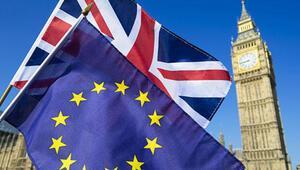 İngilterede Brexit krizi: 8 öneri de çoğunluk desteği alamadı