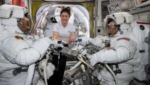 Kadın astronotların yapacağı uzay yürüyüşü iptal edildi Sebebi ise...