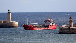 Göçmenlerin kaçırdığı gemi Maltada Boiler Wharf limanında