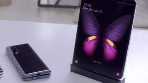 Samsung Galaxy Foldun ekranı katlanırken görüntülendi