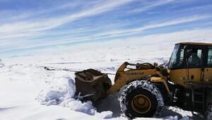 Vanda mart sonunda karla mücadele sürüyor