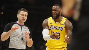 LeBron James de Lakersın play-off hasretini dindiremedi