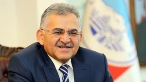 AK Parti Kayseri Büyükşehir Belediye Başkan adayı Memduh Büyükkılıç kimdir