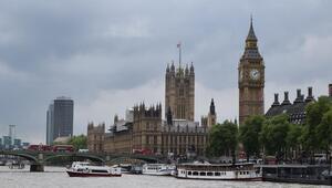 İngilterede istifa eden milletvekillerinden yeni parti