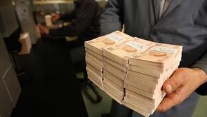 Hazine üç ayda toplam 32.6 milyar lira borçlanacak