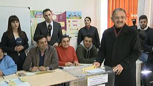 Mehmet Özhaseki oyunu kullandı