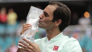 Miami Açıkta şampiyon Federer