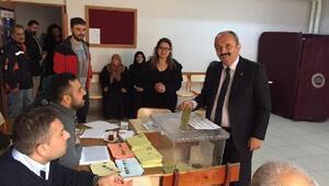 Artvin Yusufelinde, AK Partili aday 3 oy farkla kazandı